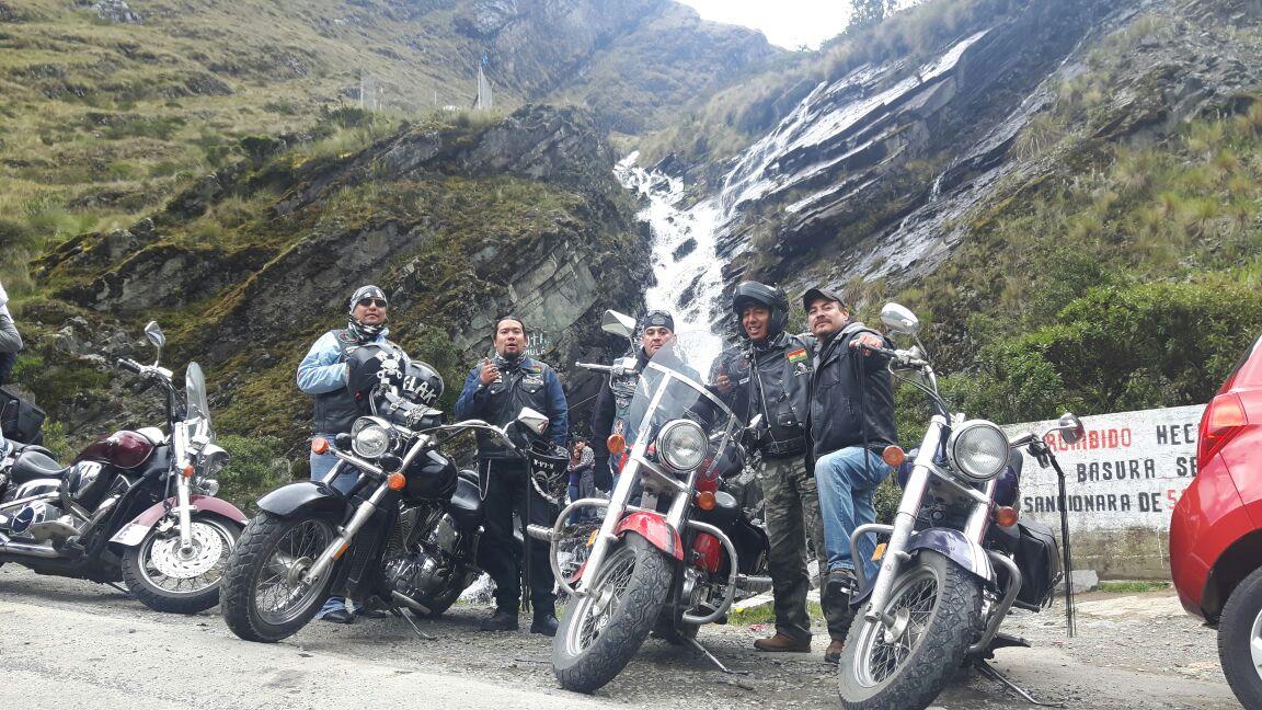 Motoqueros del Grupo WhatsApp